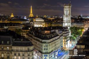 Tour Saint Jacques et Tour Eiffel depuis les toits de Paris